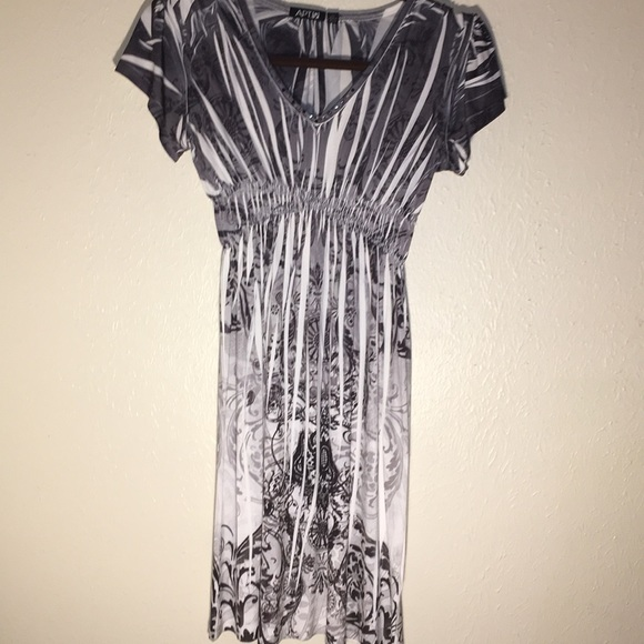 Grey and white apartment 9 dress